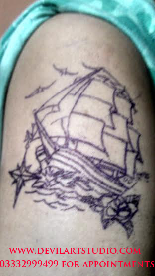 Oldschool ship tattoo with north star
